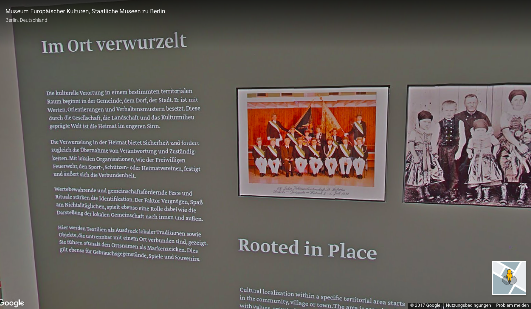 """Textilien als Ausdruck lokaler Traditionen"" im Museum Europäischer Kulturen in Berlin."